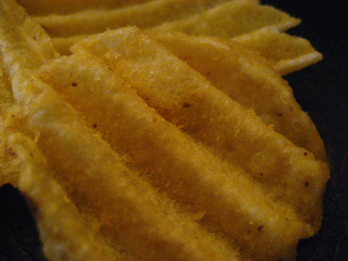 Ruffles Ultimate Tangy Honey Mustard Potato Chips