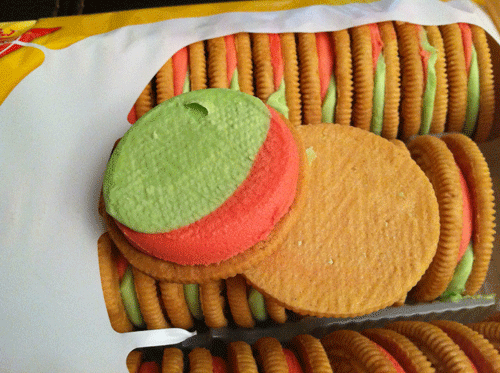 Limited Edition Watermelon Golden Oreos